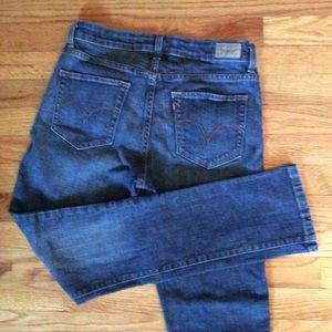 Levis Jeans Midrise Skinny Size 8M
